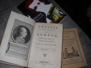 """L'édition de 1777 que l'on pourrait nommer """"la définitive"""" est la seconde du vivant de Philidor, qui augmente et améliore celle de 1749"""